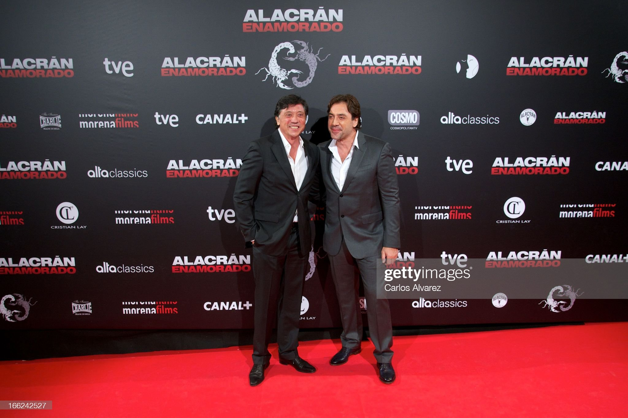 ¿Cuánto mide Javier Bardem? - Altura - Real height Spanish-actors-carlos-bardem-and-javier-bardem-attend-the-alacran-picture-id166242527?s=2048x2048