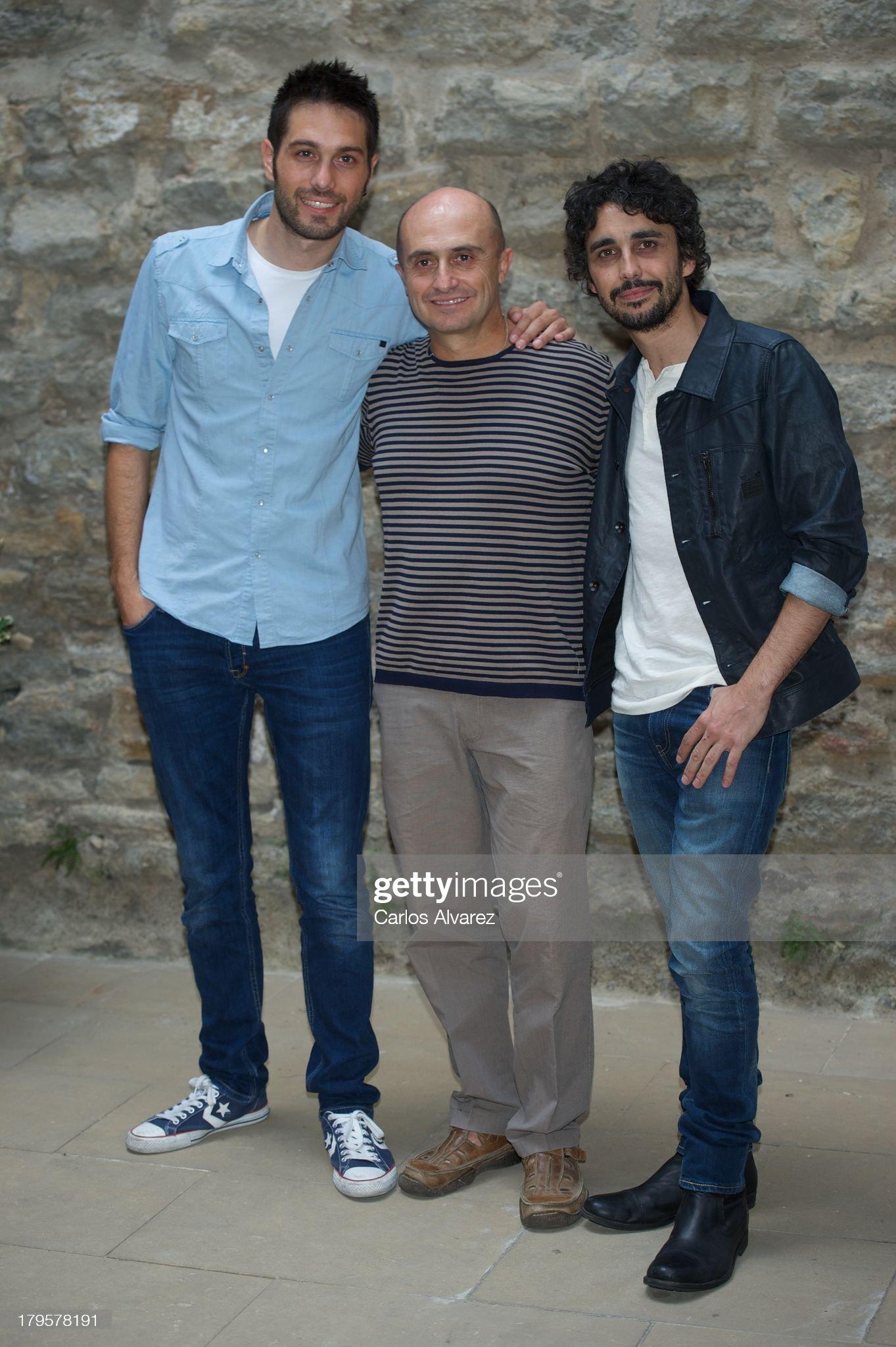 ¿Cuánto mide Canco Rodríguez? - Altura - Página 2 Spanish-actors-dani-martinez-pepe-viyuela-and-canco-rodriguez-attend-picture-id179578191?s=2048x2048