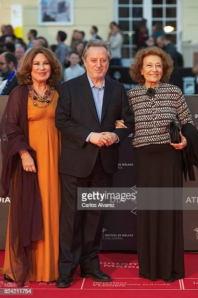 Spanish actors Maria Jose Goyanes Manuel Galiana and Julia Gutierrez Caba attend the Quatretondeta premiere at the Cervantes Theater during the 19th...