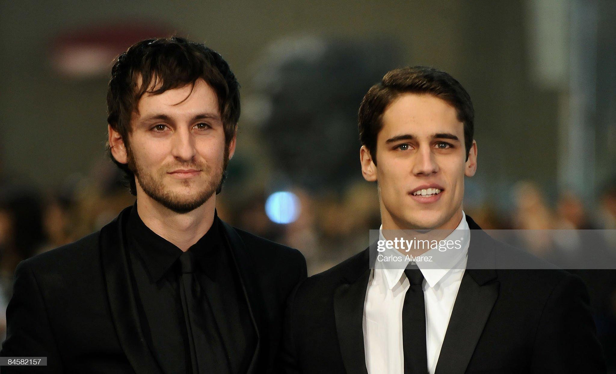 ¿Cuánto mide Raúl Arévalo? - Altura Spanish-actors-raul-arevalo-and-martin-rivas-attend-the-goya-cinema-picture-id84582157?s=2048x2048
