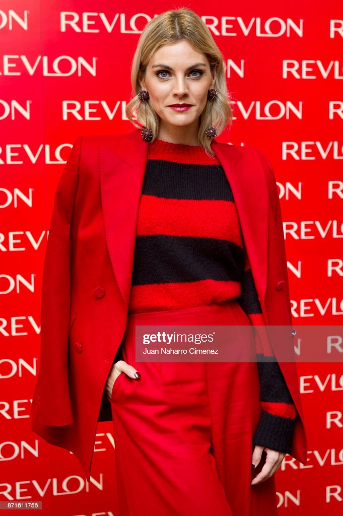 Amaia Salamanca Presents Revlon New Products