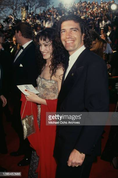 Spanish actress Ana Leza and her husband Spanish actor Antonio Banderas attend the 66th Annual Academy Awards held at the Dorothy Chandler Pavilion...