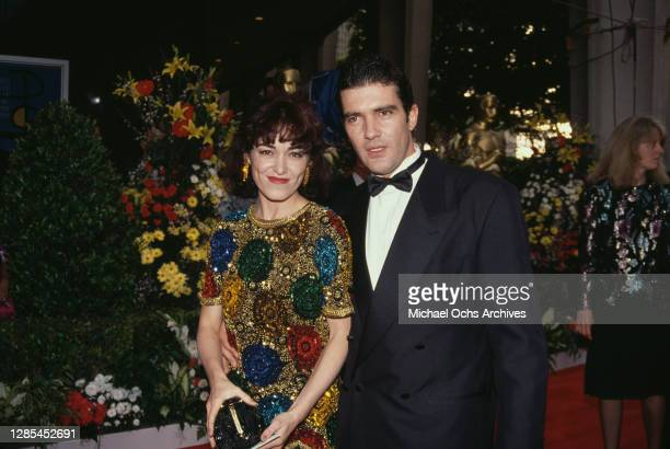 Spanish actress Ana Leza and her husband Spanish actor Antonio Banderas attend the 64th Annual Academy Awards held at the Dorothy Chandler Pavilion...