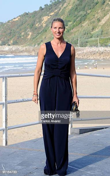 Spanish actress Anne Igartiburu attends 'Zorion Perfektua' photocall at the Zurriola Maritimo Club during the 57th San Sebastian International Film...