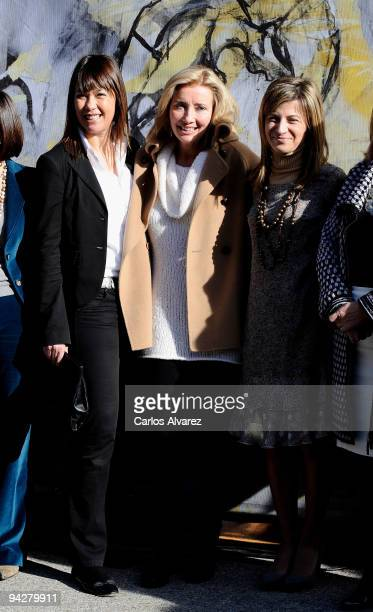 Spanish actress Mabel Lozano Spanish Minister Bibana Aido and actress Emma Thompson attend 'The Journey' opening exhibition at Retiro Park on...