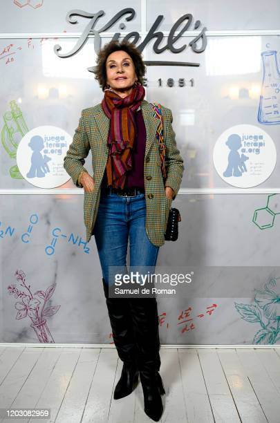 Spanish actress Naty Abascal attends during Kiehl's Since 1851 Celebrates 'Redondea Sonrisas' Charity Project on January 30 2020 in Madrid Spain