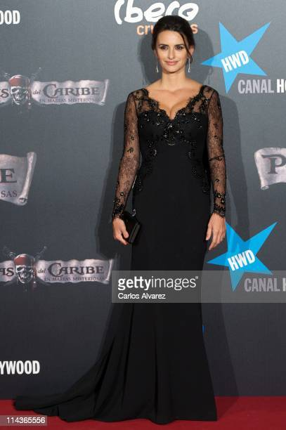 """Spanish actress Penelope Cruz attends """"Pirates Of The Caribbean: On Stranger Tides"""" premiere at Kinepolis Cinema on May 18, 2011 in Madrid, Spain."""