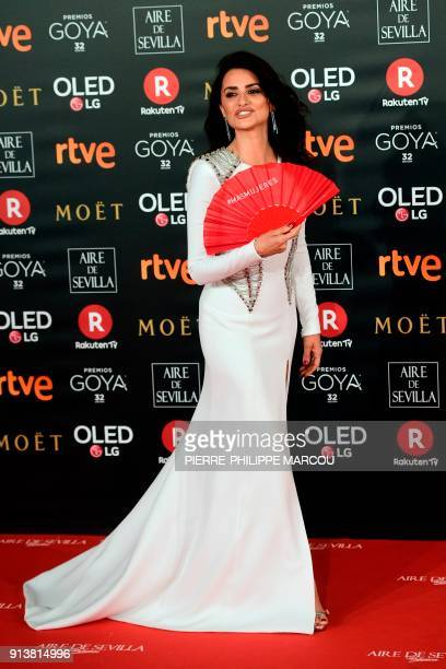 Spanish actress Penelope Cruz poses on the red carpet at the 32nd Goya awards ceremony in Madrid on February 3 2018 / AFP PHOTO / PIERREPHILIPPE...
