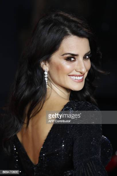 Spanish actress Penelope Cruz poses upon arrival to attend the world premiere of the film 'Murder on the Orient Express' at the Royal Albert Hall in...