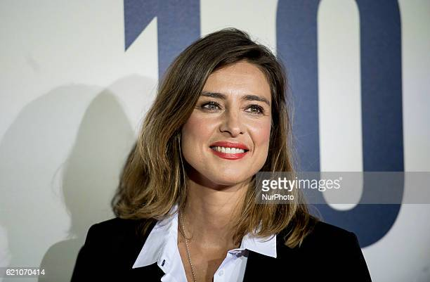 Spanish actress Sandra Barneda attends the quot100 metrosquot premiere in Capitol Cinema on November 2 2016 in Madrid Spain