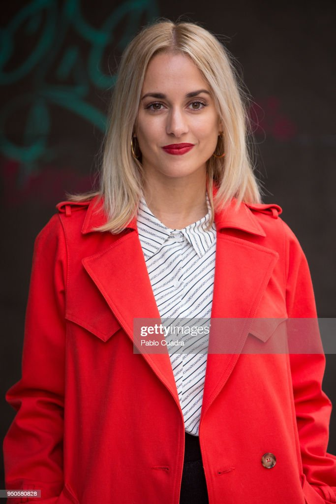Spanish actress Silvia Alonso attends the 'Hacerse Mayor Y Otros Problemas' photocall on April 24, 2018 in Madrid, Spain.