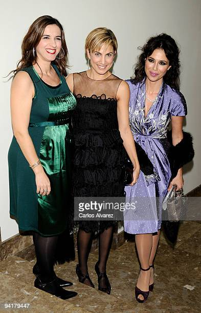 Spanish actresses Llum Barrera Toni Acosta and Minerva Piquero attend the Mujer de Hoy 2009 awards at ABC building on December 9 2009 in Madrid Spain