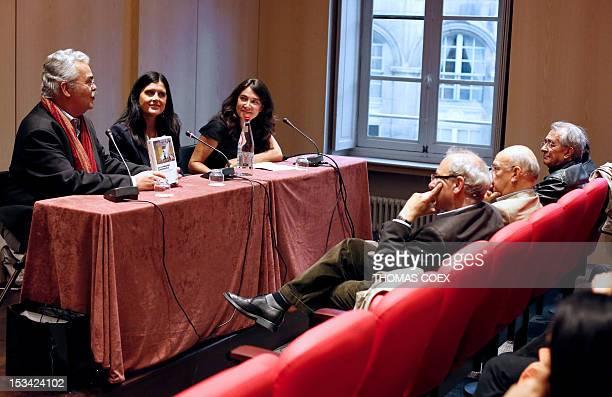Spanish AFP journalist Beatriz Lecumberri takes part to a debate at the Maison de l'Amerique Latine during the presentation of her book La revolucion...