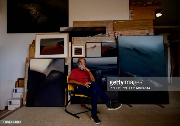 Spanish artist Ildefonso Aguilar de la Rua poses at his workshop in Tahiche, on the island of Lanzarote in the Canary Islands, on October 21, 2019. -...