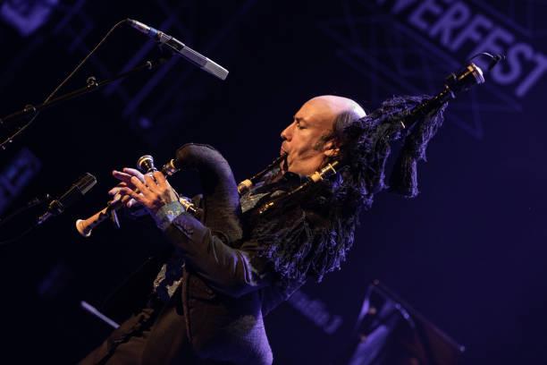 ESP: Inverfest 2021 - Carlos Nuñez