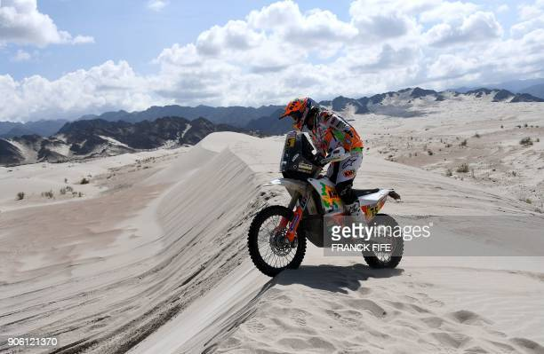 Spanish biker Laia Sanz powers his KTM during the Stage 11 of the 2018 Dakar Rally between Belen and Chilecito in Argentina on January 17 2018 / AFP...