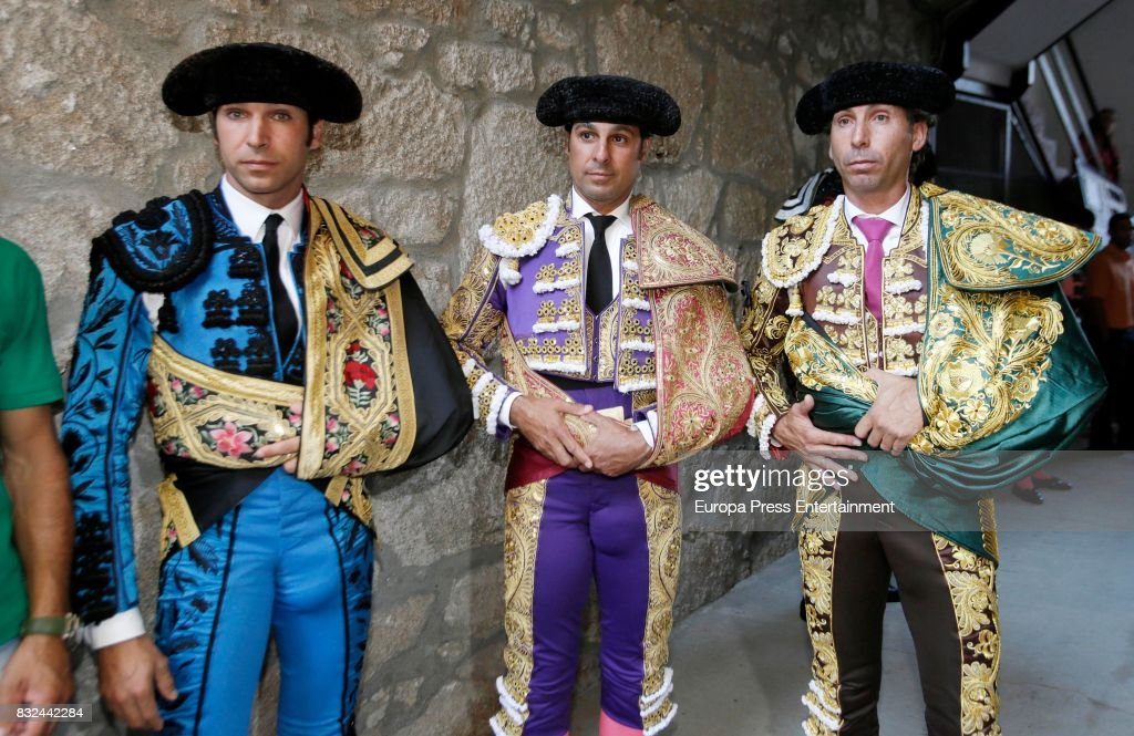 Spanish bullfighter Francisco Rivera (C) and his brother Cayetano Rivera (L) perform during a bullfighting as part of the La Peregrina Festival at Plaza de Pontevedra bullring on August 12, 2017 in Pontevedra, Spain.