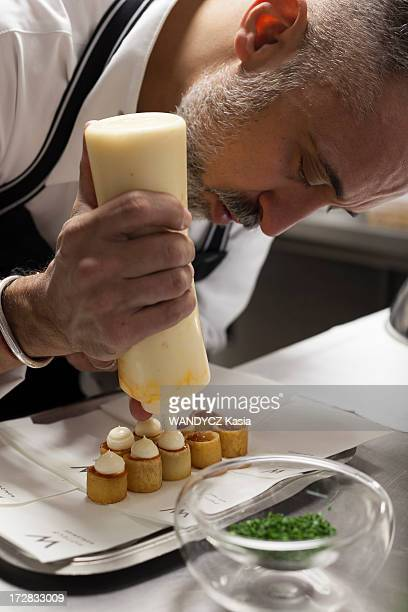Spanish chef Sergi Arola in his restaurant Pica Pica preparing patatas bravas on October 01, 2012 in Paris,France.