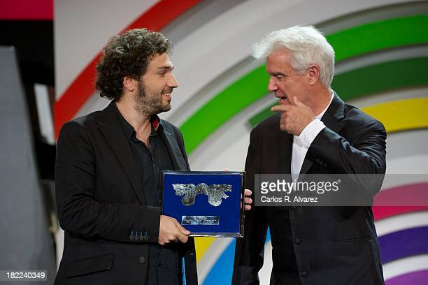 """Spanish cinematographer Pau Esteve Birba receives from Scottish musician David Byrne the Jury Prize for Best Cinematography for his film """"Canibal""""..."""