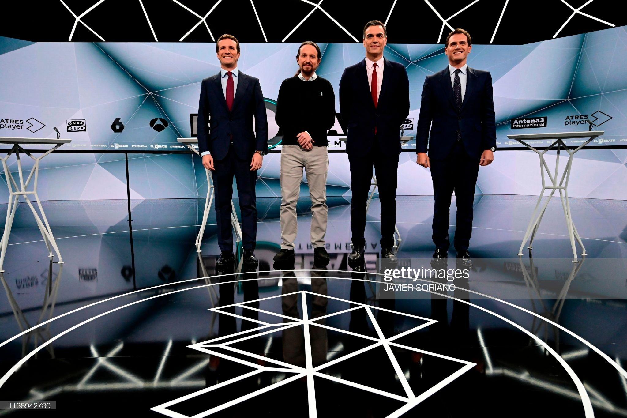 ¿Cuánto mide Pablo Casado?  - Estatura real: 1,77 - Página 7 Spanish-conservative-popular-party-leader-pablo-casado-farleft-party-picture-id1138942730?s=2048x2048