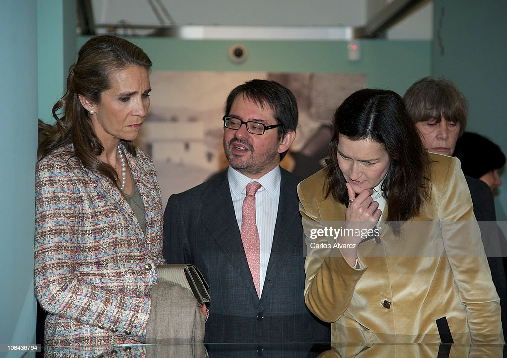 Princess Elena Attends 'Los Mundos de Gonzalo Torrente Ballester' Exhibition : News Photo