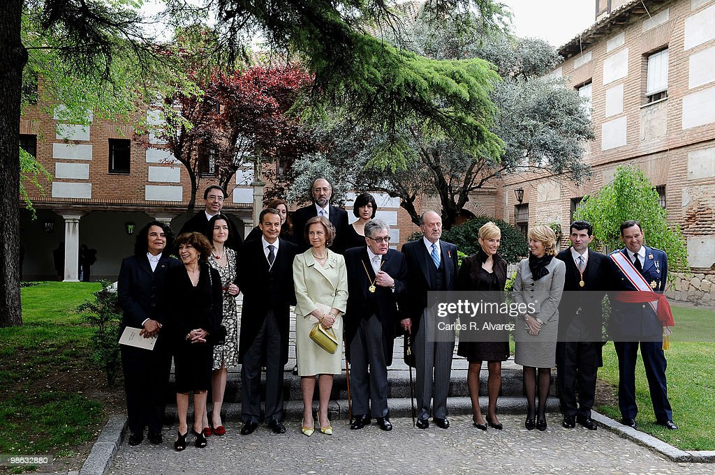 Spanish Royals Attend 'Miguel de Cervantes 2009' Award in Madrid : News Photo