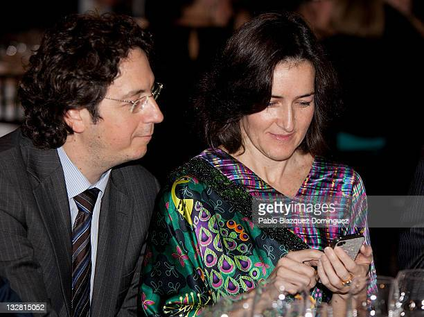 Spanish Culture Minister Angeles Gonzalez Sinde uses an iphone during 'Prix del Dialogo' Award on November 14 2011 in Madrid Spain