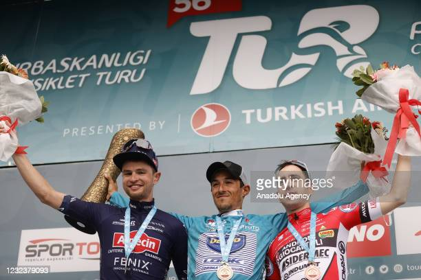 Spanish cyclist Jose Manuel Diaz Gallego from Delko team of France wins the golden medal, Australian cyclist Jay Vine from Alpecin-Fenix team of...