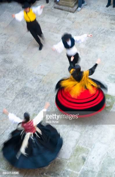spanish dancers performing at hostal de los reyes catolicos - traditional ceremony stock pictures, royalty-free photos & images