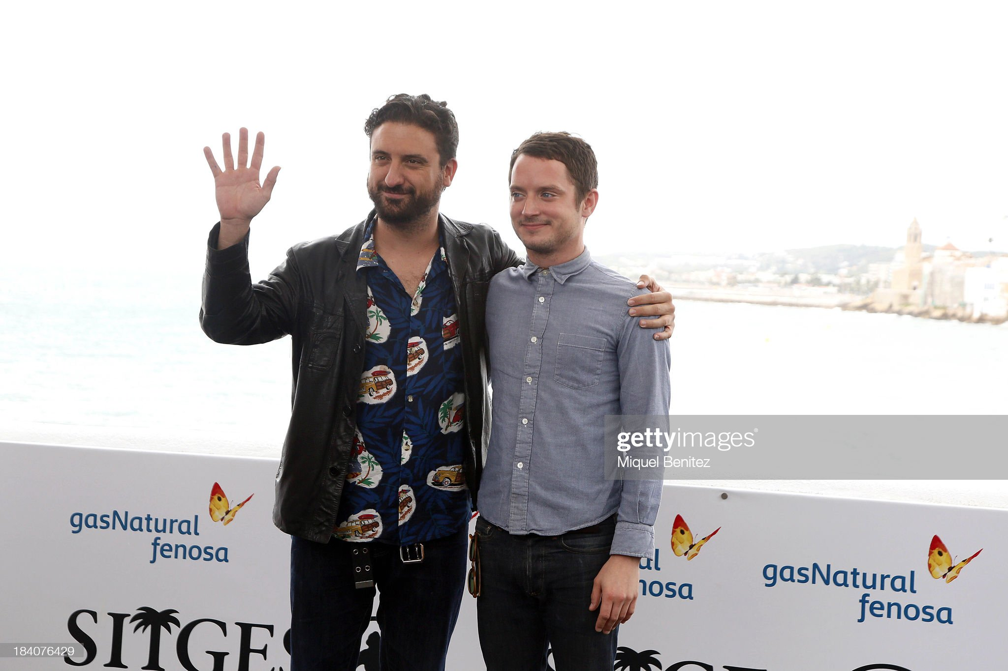 ¿Cuánto mide Eugenio Mira? - Altura Spanish-director-eugenio-mira-and-actor-elijah-wood-attend-a-press-picture-id184076429?s=2048x2048