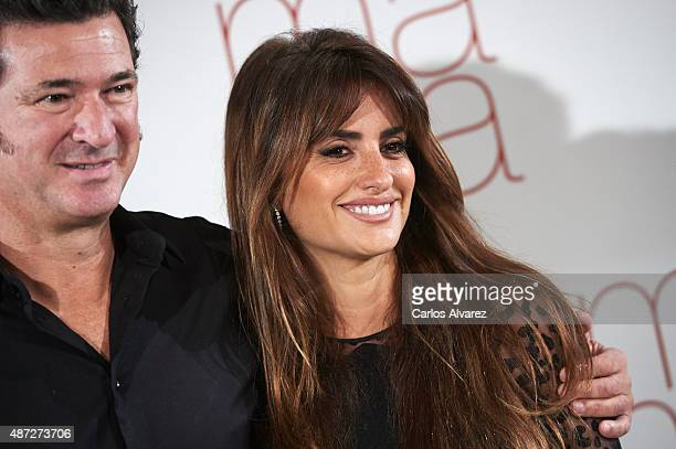 Spanish director Julio Medem and Spanish actress Penelope Cruz attend Ma ma photocall at the Villamagna Hotel on September 8 2015 in Madrid Spain
