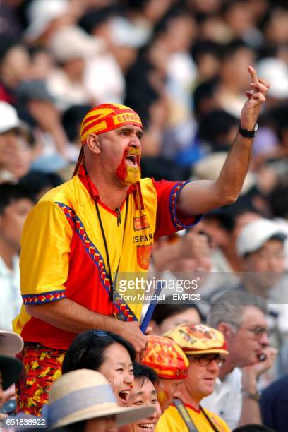 Spanish fan shows his feelings towards Jose Luis Chilavert during the game