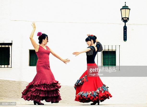 spanish flamenco dancers. spain. - hugh sitton stock-fotos und bilder