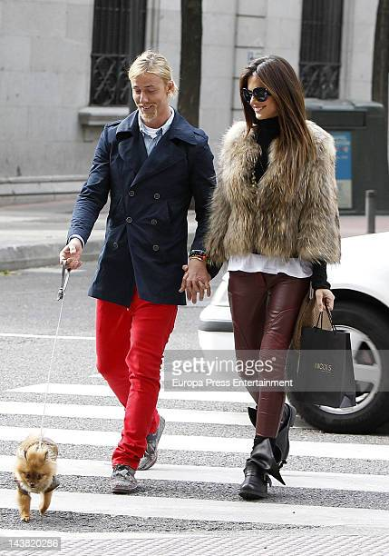 Spanish football player Jose Maria Gutierrez Guti and his girlfriend Argentinian Tv presenter Romina Belluscio are seen with their pet dog on April...