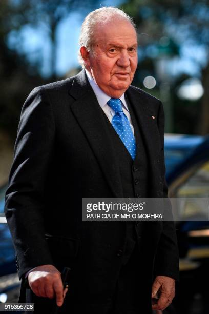 """Spanish former King Juan Carlos I arrives to attend the XII Meeting COTEC Europe """"WORK 4.0, Rethinking the Human-Technology Alliance"""", held at Mafra..."""