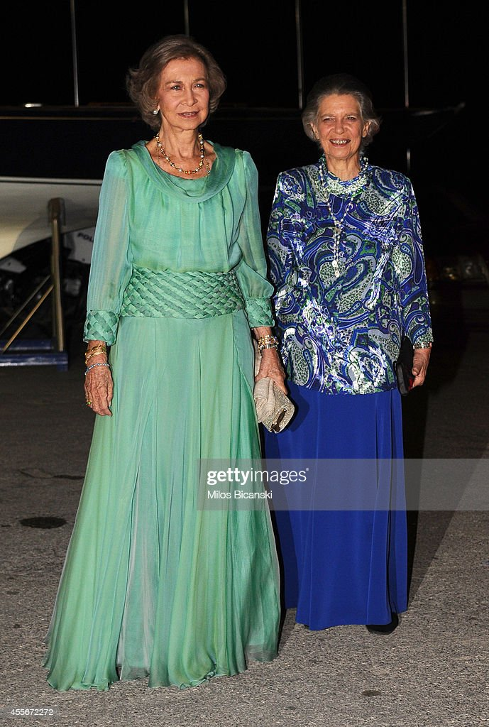 Spanish former Queen Sofia (L) with her sister arrives for a private dinner organized by former King Constantine II of Greece and former Queen Anne-Marie to celebrate their Golden wedding anniversary at the Yacht Club of Greece in Piraeus, Greece, 18 September 2014.