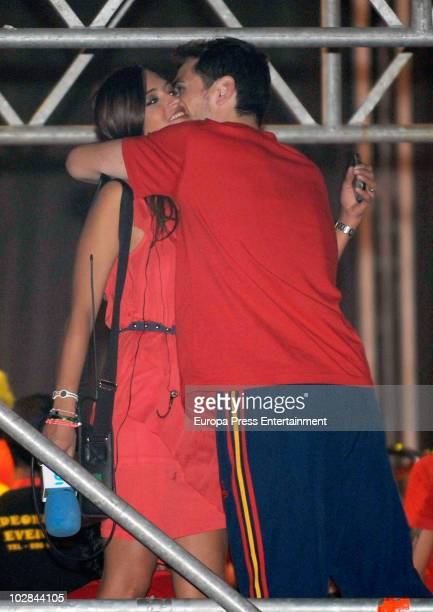 Spanish goalkeeper Iker Casillas and journalist Sara Carbonero are seen during the Spanish football team celebrations of FIFA 2010 World Cup on July...