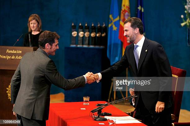 Spanish goalkeeper Iker Casillas receives the Prince of Asturias Award for Sports from Spain's Prince Felipe during Prince of Asturias Awards 2010...