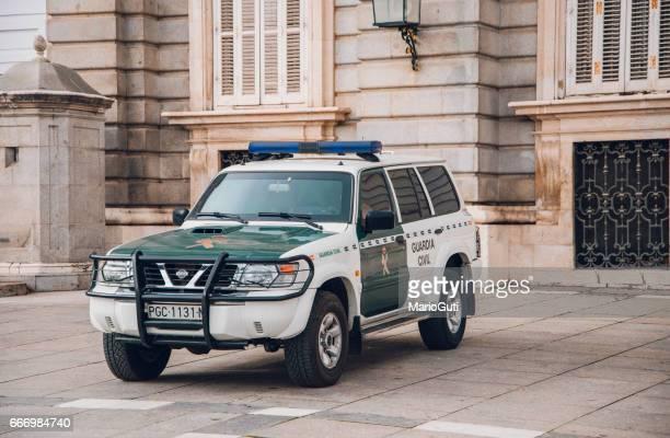 español guardia civil 4 x 4 coche - españa fotografías e imágenes de stock