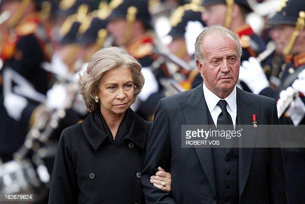 Spanish King Juan Carlos and Queen Sofia leave the church in Delft, Tuesday 15 October 2002, following the funeral service for Prince Claus, husband...
