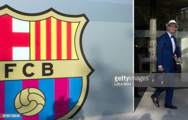 Spanish lawyer Juan de Dios Crespo a specialist in sports and in charge of depositing in the name of PSG the 222 million euro buyout clause written...