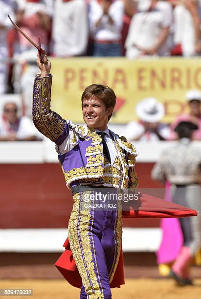 Spanish matador El Juli acknowledges the crowd before a bullfight at the Dax arena during the feria in Dax southwestern France on August 14 2016 /...