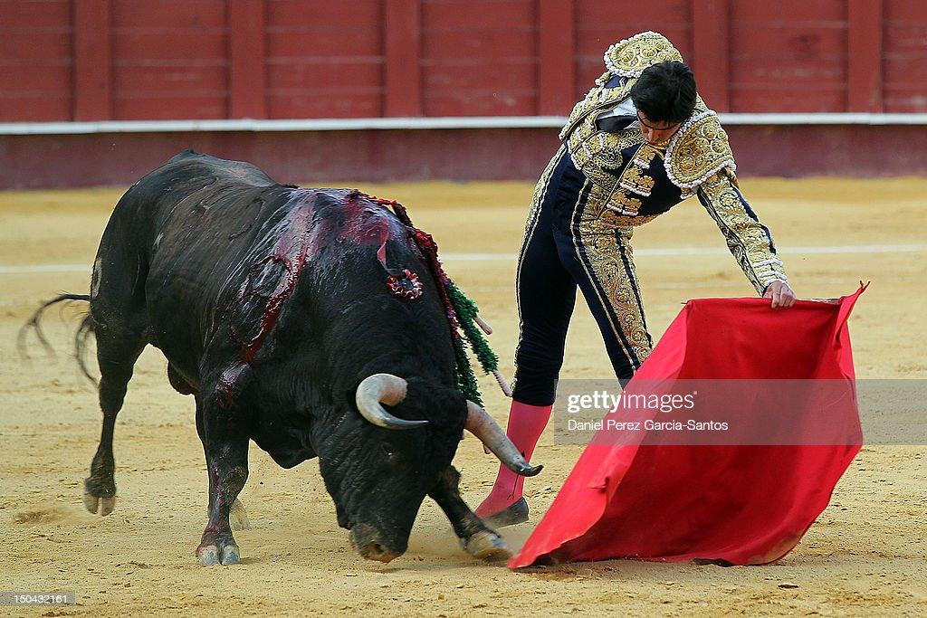 Malaga Bullfights Fair 2012: Enrique Ponce, Salvador Vega and Miguel Angel Perera