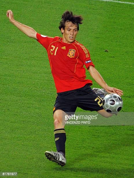 Spanish midfielder David Silva kicks the ball during the Euro 2008 championships final football match Germany vs Spain on June 29 2008 at ErnstHappel...