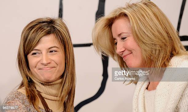 Spanish Minister Bibana Aido and actress Emma Thompson attend 'The Journey' opening exhibition at Retiro Park on December 11 2009 in Madrid Spain