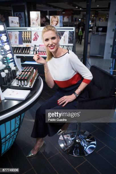 Spanish Model Judit Masco attends the L'Oreal Paris Corner opening at El Corte Ingles Store on November 23 2017 in Madrid Spain