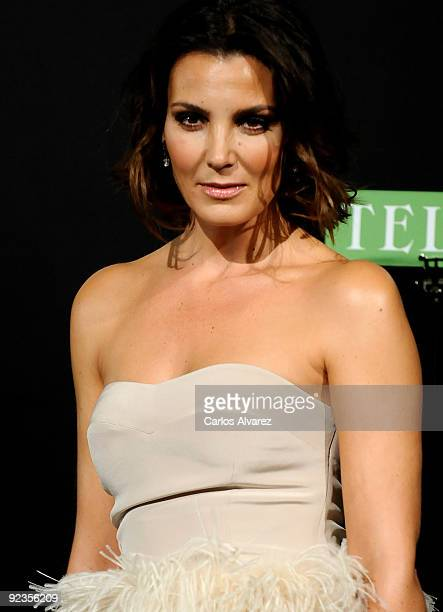 Spanish model Mar Flores attends 2009 TELVA magazine Fashion Awards at El Canal Theatre on October 26, 2009 in Madrid, Spain.