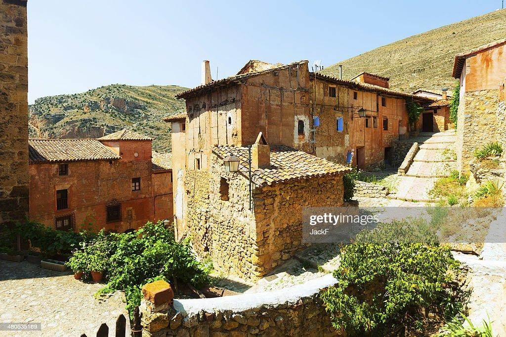 spanish mountains town. Albarracin, Aragon : Bildbanksbilder
