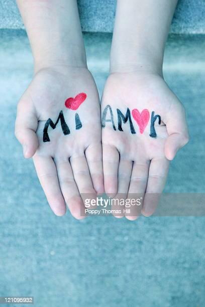 Spanish my love hands writing