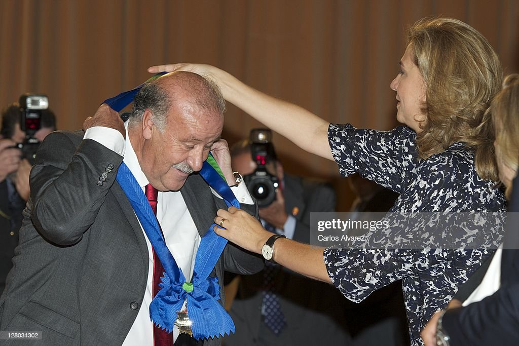 Spanish national football team coach Vicente Del Bosque receives from Princess Cristina of Spain the 'Real Orden del Merito Deportivo' award on October 5, 2011 in Madrid, Spain.